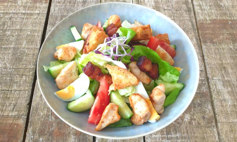 Buufs Ceasar salad